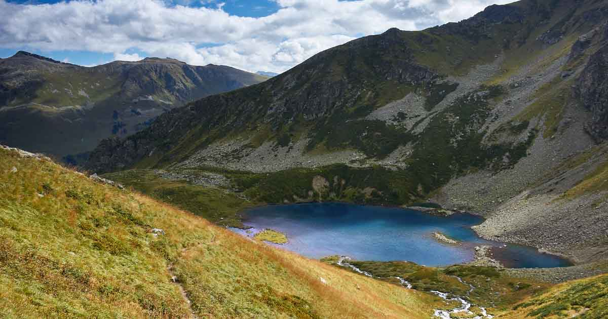 Aymatly-Dzhagaly lake
