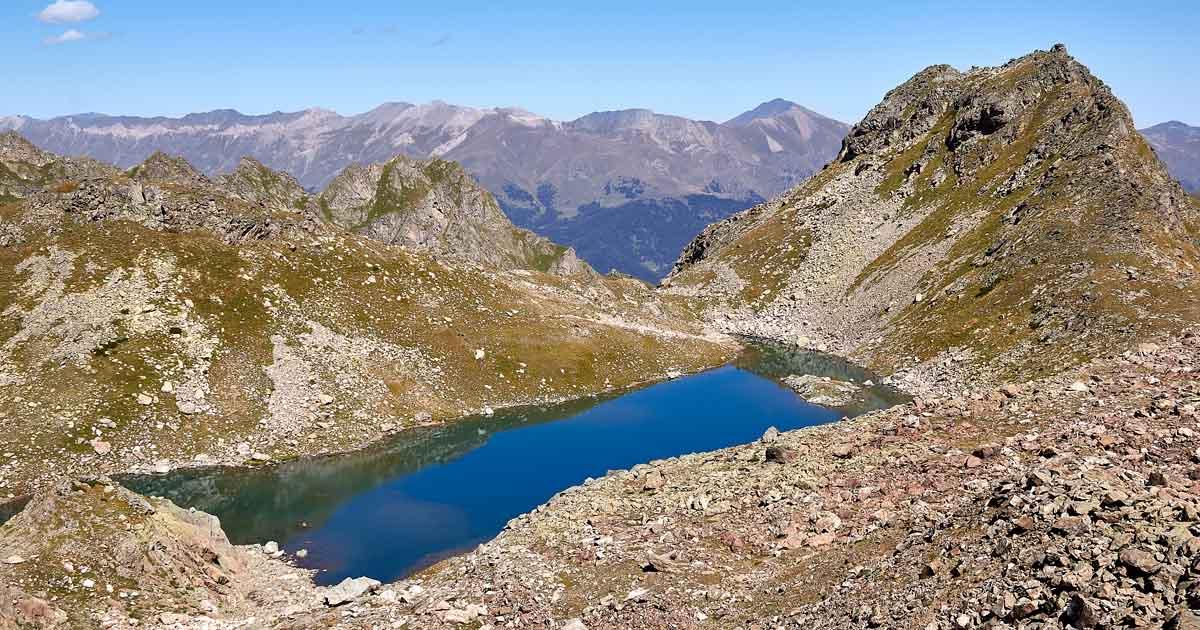 Verkhnyaya Zapyataya lake