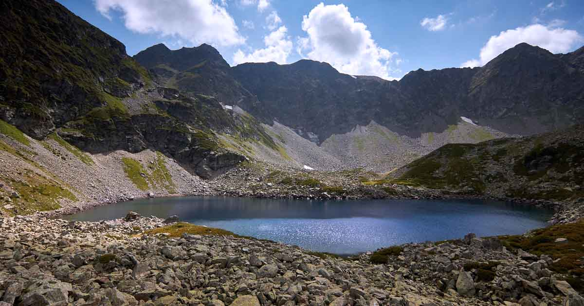Arkasara lakes, the lower lake in the northern circus