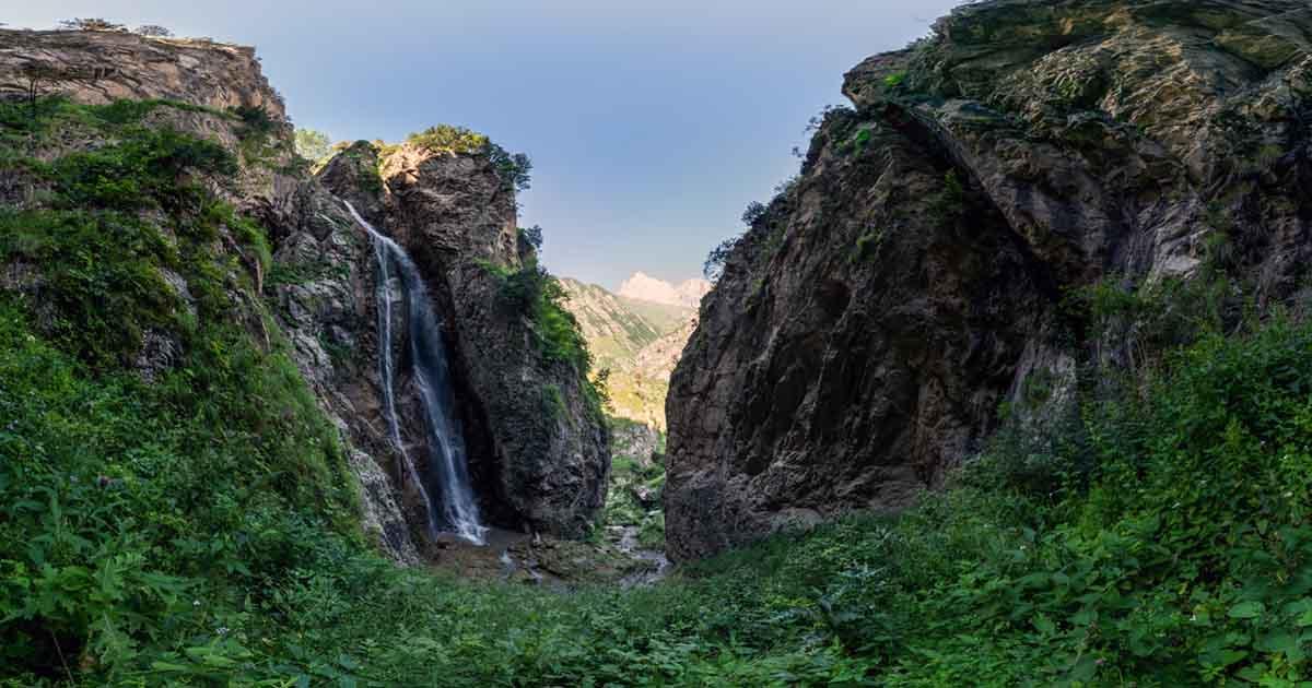 Kurungusu waterfall.