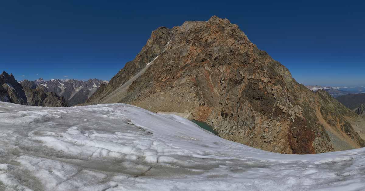 Ukyu Small Glacier, Ukyu Pass Area