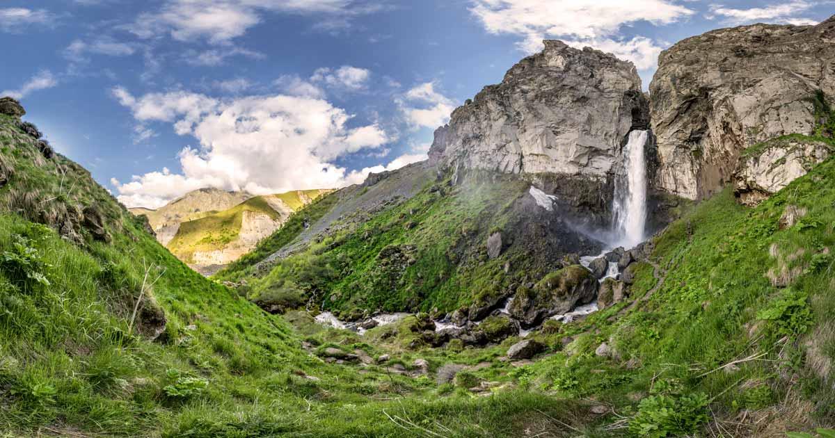 Dzhily-su tract, Sultan waterfall