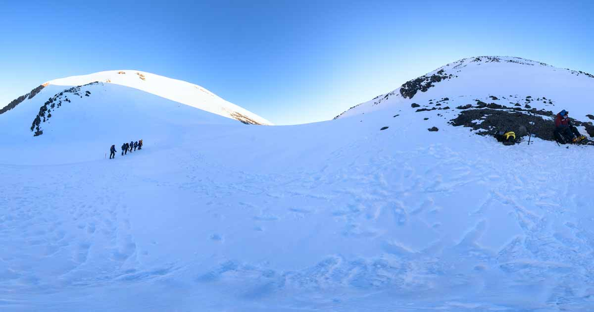 Elbrus Saddle