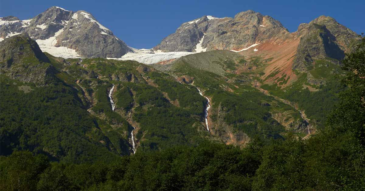 Tanadon gorge, a trail to the Taymazi waterfalls (