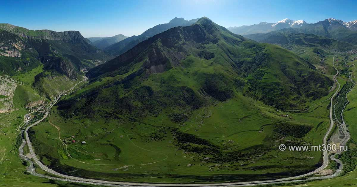 Kurtatinskoe gorge, the village Dzivgis from a bird's eye view